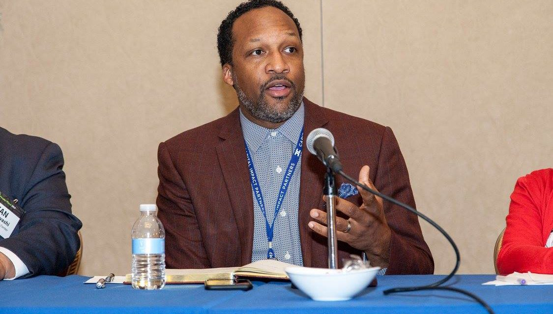 Carlton Turner Presents at National Gatherings